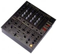 """Pioneer DJM 600"""