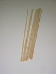 Zuckerwattestäbe aus Weichholz